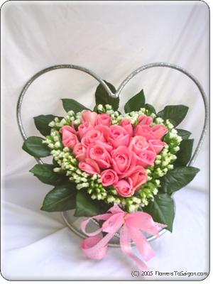 FlowersToSaigon.com: I Love You Pink Rose Heart Basket! - Our Fresh Pink